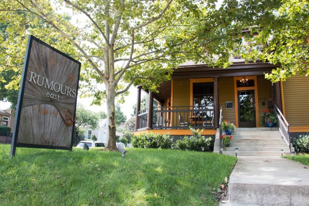 Where to stay in nashville nashville guru for Cabins to stay in nashville tn