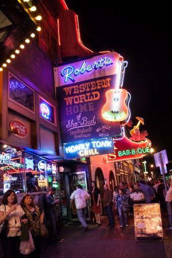 Hotels On Broadway St Nashville Tn