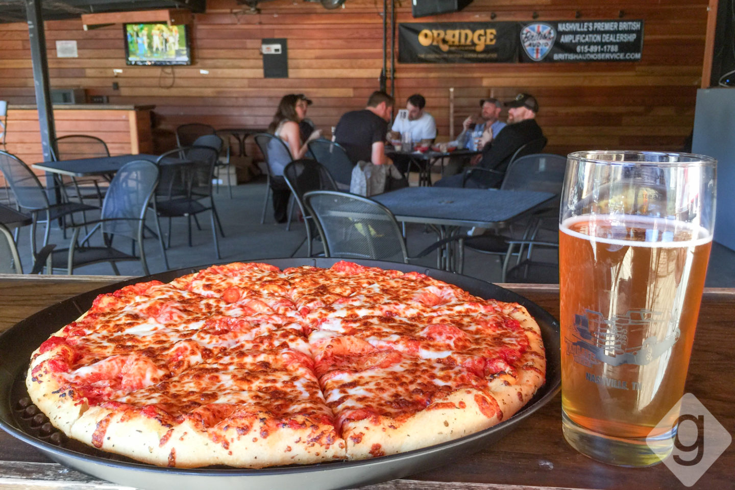 Nashville pizza guide nashville guru for Best craft beer in nashville