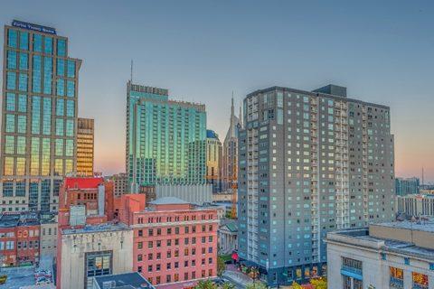 Downtown Nashville Guru