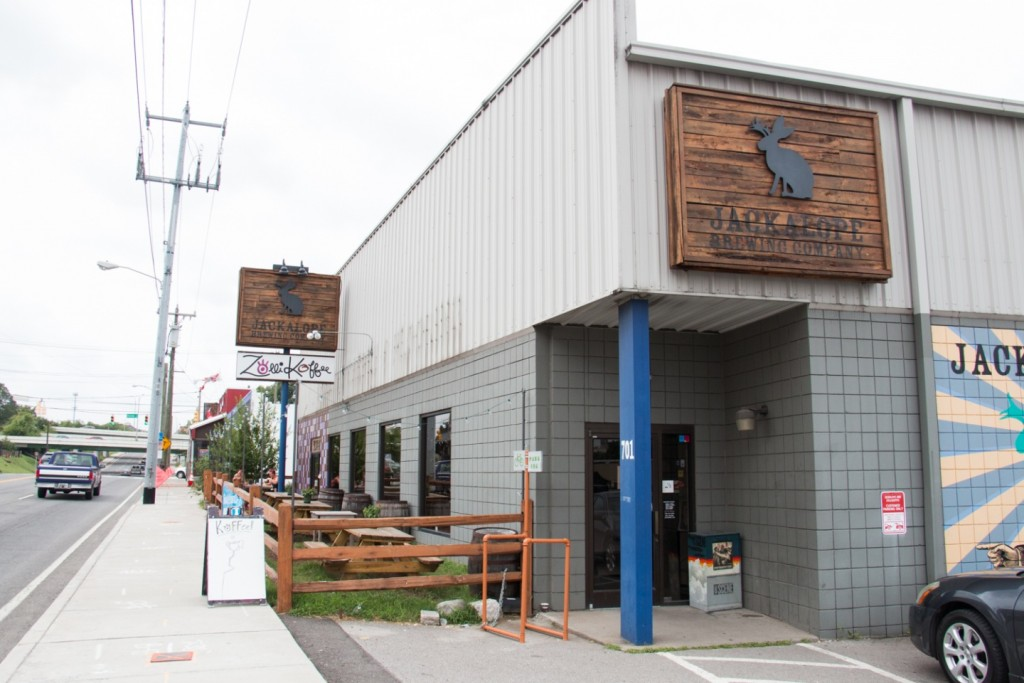 Puckett's Nashville – 500 Church St Nashville, TN 37219