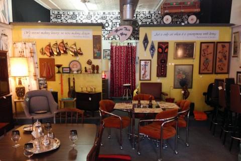 pre to post modern nashville guru. Black Bedroom Furniture Sets. Home Design Ideas