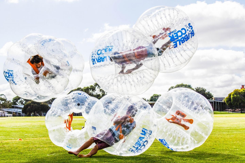 xbubble-soccer-1-1408949182.jpg.pagespeed.ic.3cJekv1H71