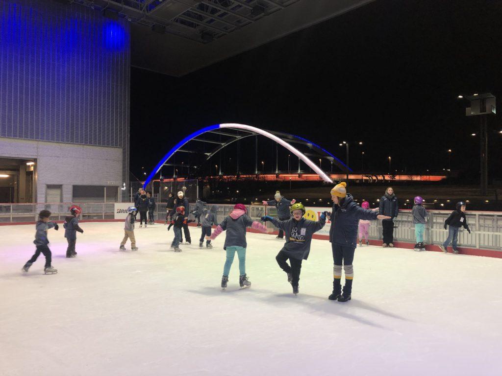 Christmas Village Ice Skating Rink.Best Holiday Events Activities In Nashville Nashville Guru