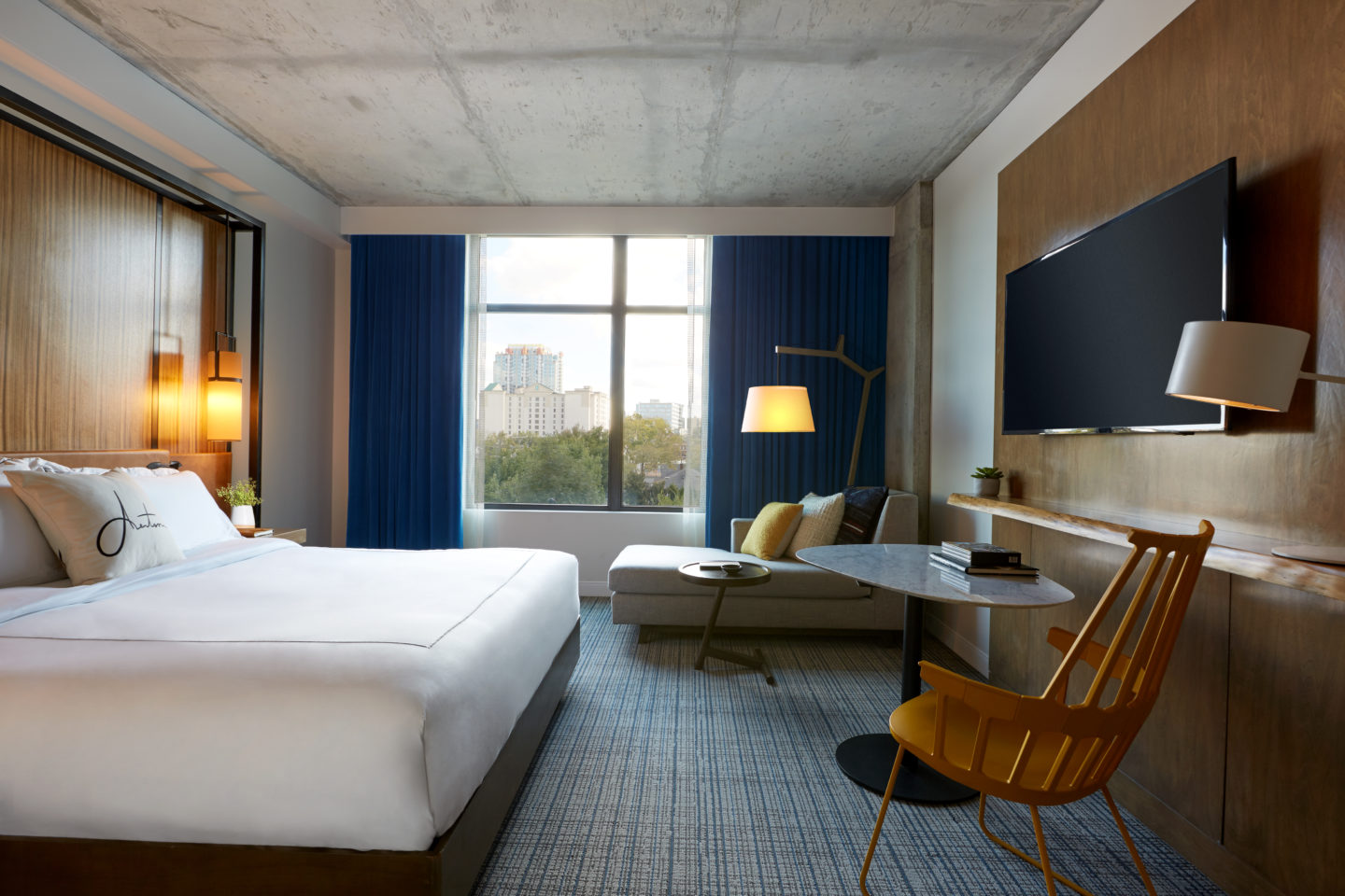 New kimpton aertson hotel accepting reservations for Kimpton hotels
